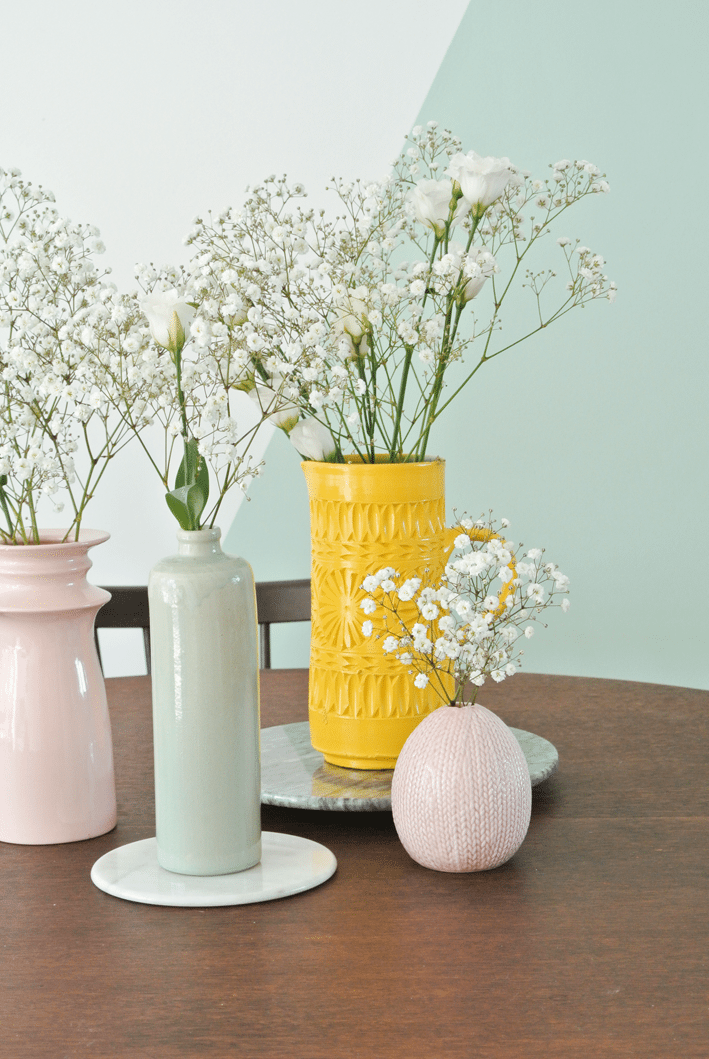 pastel vazen met bloemen