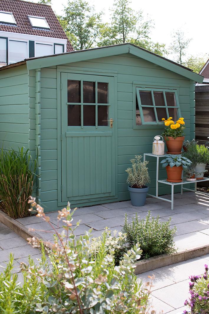 Tuinhuisje schilderen met Ceta Bever