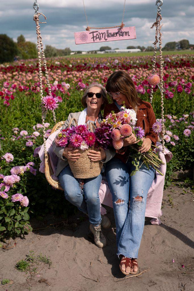 fam flowerfarm dahlia's