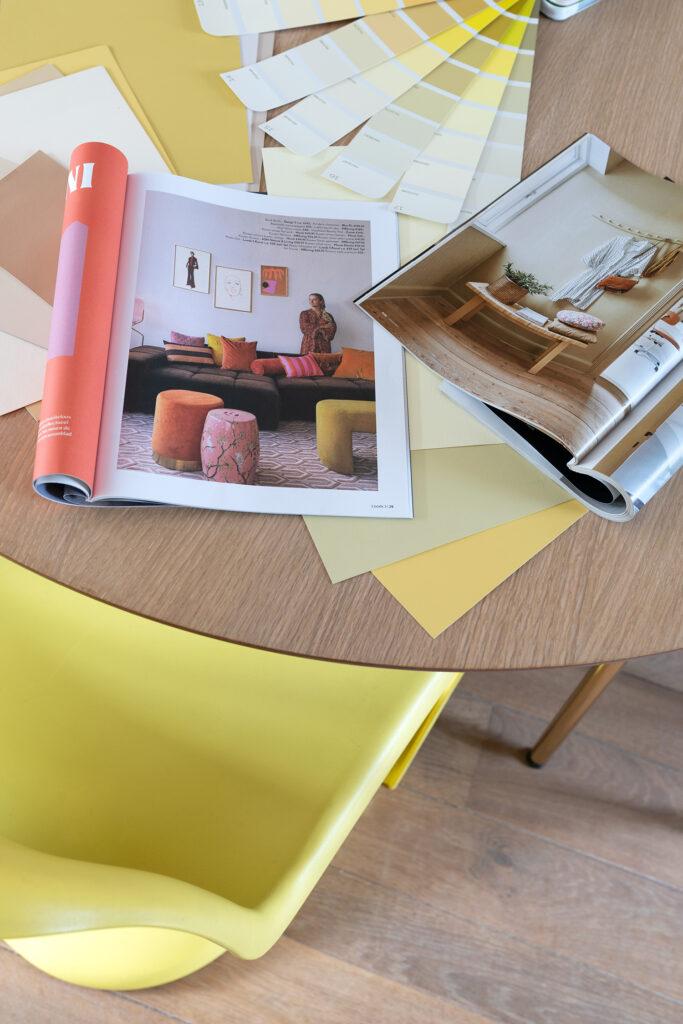 kleur in de woonkamer