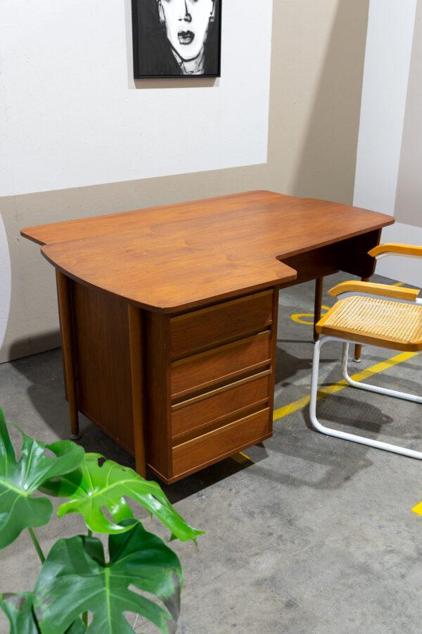 vintage jaren 60 bureau