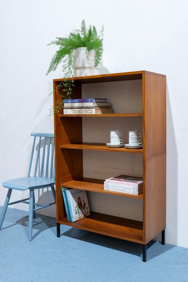 vintage boekenkast
